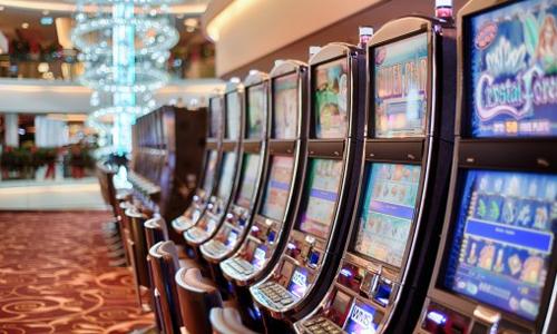 videopokerisoitin-peliautomaatti